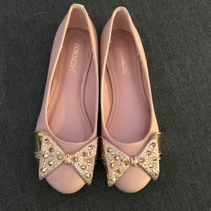 Brand New! Shoedazzle Pink Flats